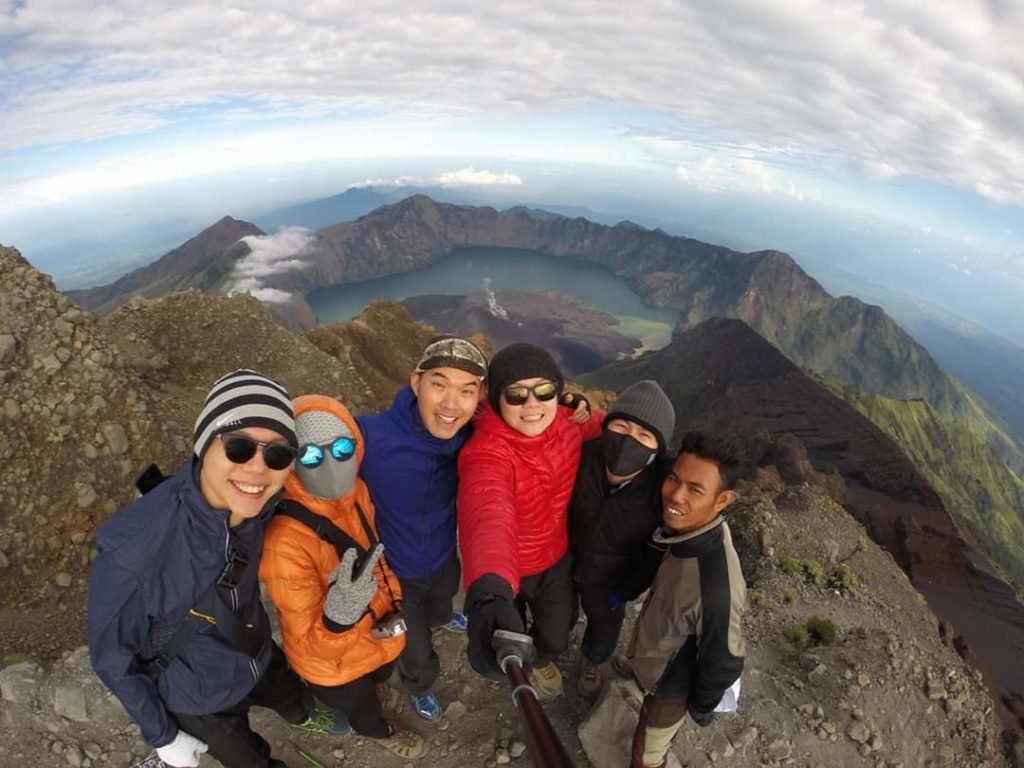 Rinjani Trekking package 4 days 3 nights